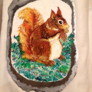 tegola-di-ardesia-con-scoiattolo